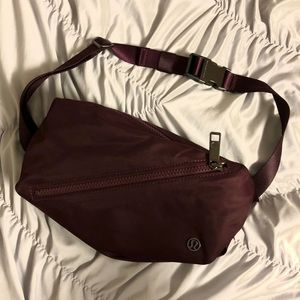 Lululemon maroon belt bag